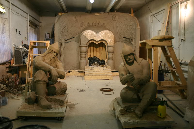 Витязи. Скульптурная группа