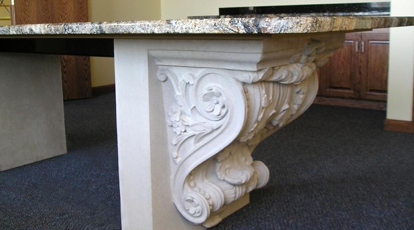 гипсовый декор стола